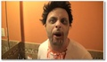 Commander à Macdo déguisé en Zombie