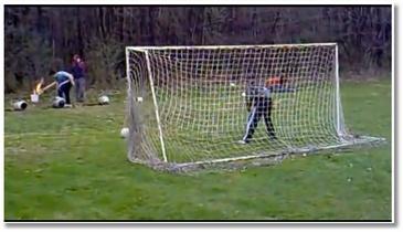 Entraînement au foot avec un canon